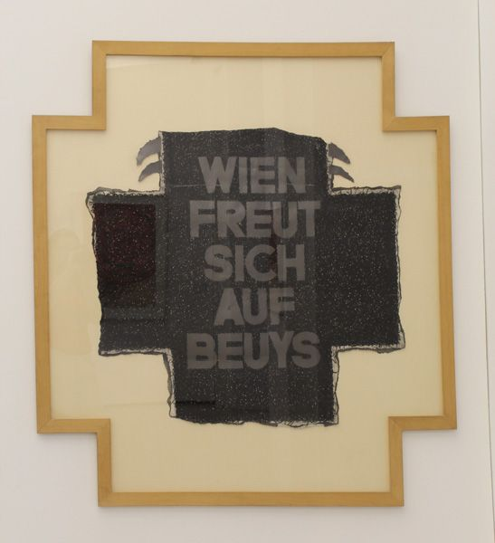 Franz Graf, Wien freut sich auf Beuys, 1979, Foto: Alexandra Matzner.