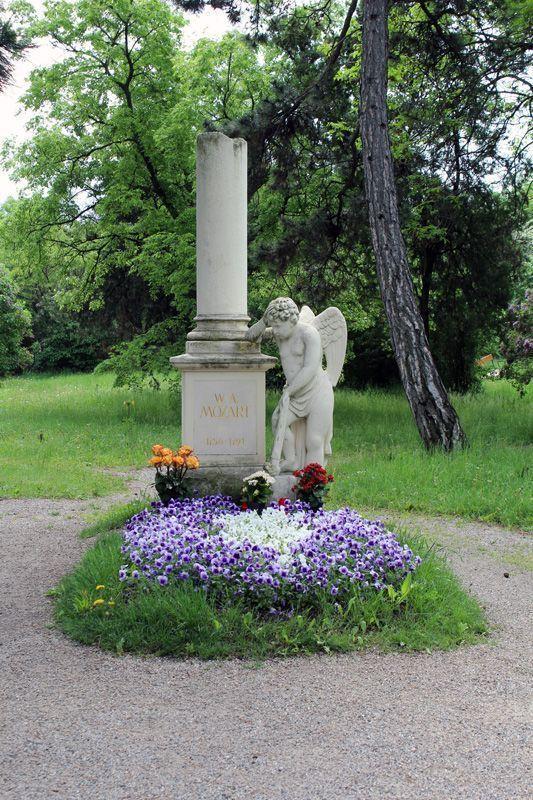 Grabdenkmal von Wolfgang Amadeus Mozart, Wien, Friedhof von St. Marx, Foto: Alexandra Matzner.
