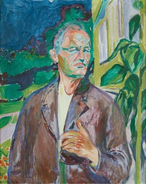 Edvard Munch, Selbstbildnis vor dem Haus / Self-portrait in front of the House Wall, 1926, Öl auf Leinwand / Oil on canvas, 91,5 x 73 cm, Oslo, Munch-museet, Photo © Munch Museum.