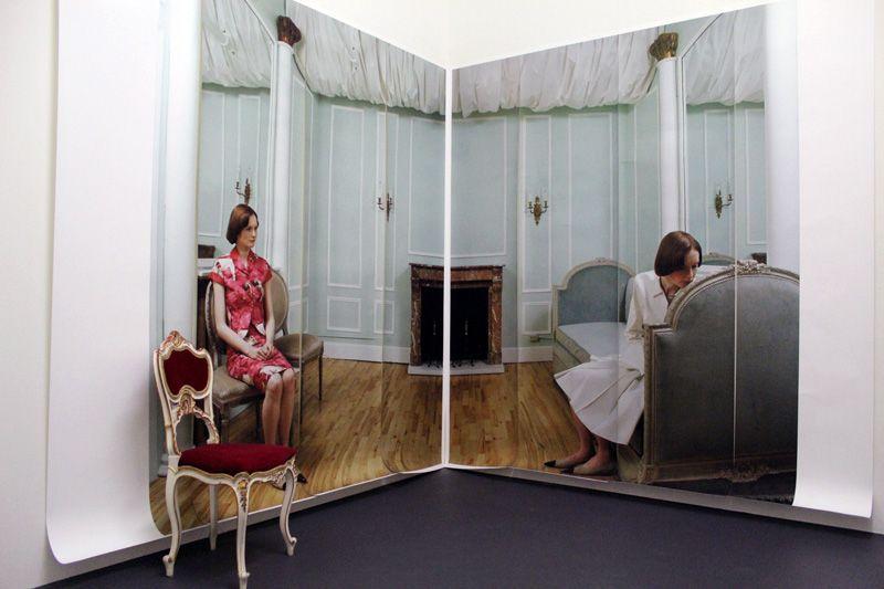 Elfie Semotan, French Girl in New York, New York, 1998, Ausstellungsansicht in der Kunsthalle Krems, 2013, Foto: Alexandra Matzner.