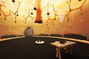 Ernesto Neto, Paxpa There is a Forest Encantada Inside of Us, 2014, Innenansicht, Installationsfoto: Alexandra Matzner.