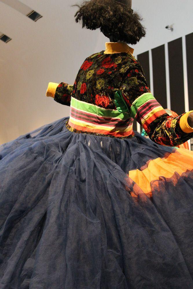 Bowery, Ausstellungsansicht: Kunsthalle Wien, Foto: Alexandra Matzner, Kostüme: Leigh Bowery, Kostümpräsentation: Klaus Mayr, Courtesy Estate of Leigh Bowery.
