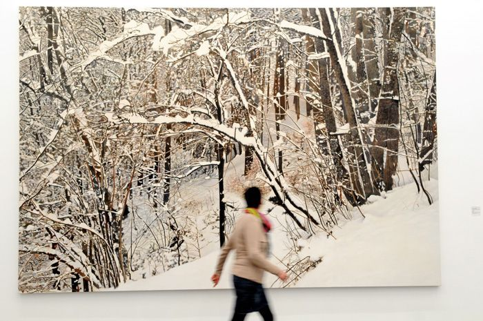 """Franz Gertsch, Winter, Blick in die Ausstellung """"Franz Gertsch. Geheimnis Natur"""" (26. Oktober 2013 – 16. Februar 2014)."""