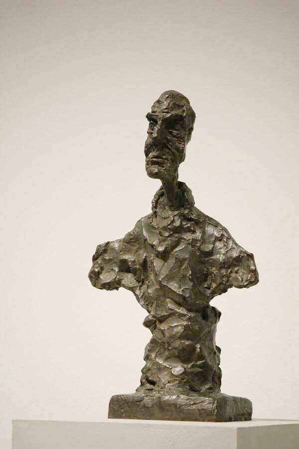 Alberto Giacometti, Buste d'homme (dit Chiavenna I) [Büste eines Mannes (genannt Chiavenna I)], 1964 (Tate: Purchased with assistance from the Friends of the Tate Gallery 1965), Foto: Alexandra Matzner.