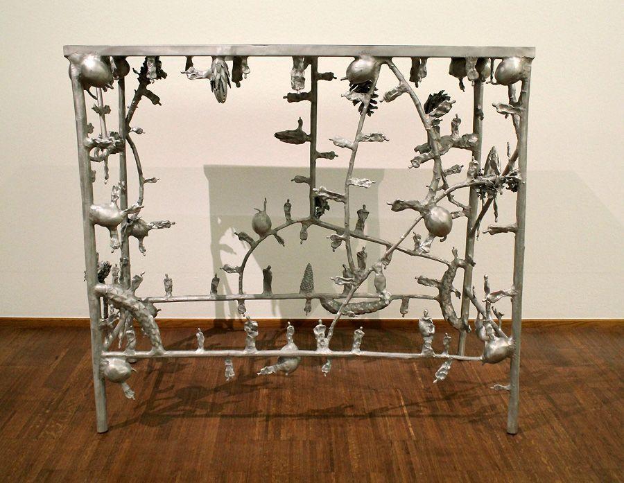 Gunter Damisch, Tisch (2), 2013, Foto: Alexandra Matzner.