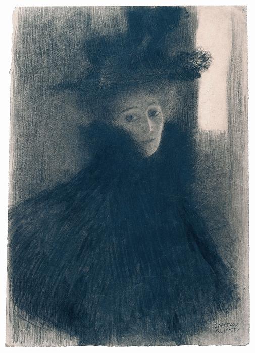 Gustav Klimt, Bildnis einer Dame mit Cape und Hut im Dreiviertelprofil, Schwarze und rote Kreide, 1897-98 © Albertina, Wien.