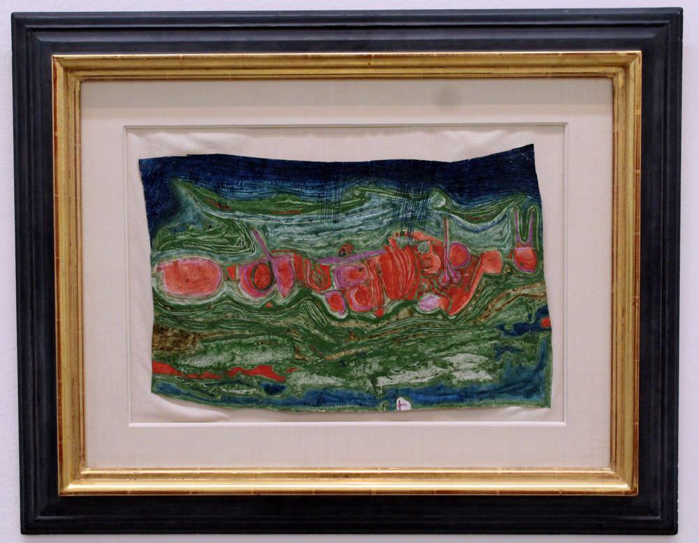 """Friedensreich Hundertwasser, 353 Regen über China in Flammen, 1958, Heidelinde Trimmel, Ausstellungsansicht """"Hundertwasser, Japan und die Avantgarde"""", Belvedere, Orangerie, 6.3.-30.6.2013, Foto: Alexandra Matzner."""