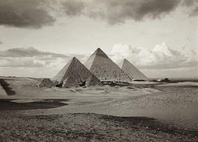 Die Pyramiden von Giza, ca. 1912 © Kunsthistorisches Museum Wien