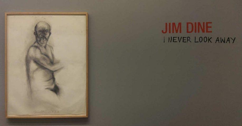 """Jim Dine. I never look away in der Albertina 2016, Installationsfoto mit """"Selbstporträt in Vermont (Frühling), 1979, Kohle und Pastell auf Papier, 127,6 x 96,5 cm, Albertina, Wien, Foto: Alexandra Matzner."""
