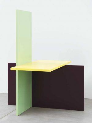 Gerwald Rockenschaub, 2010, MDF, Acryllack, 220 x 180 x 170 cm, Courtesy Georg Kargl Fine Arts, Wien, Foto: Matthias Bildstein.
