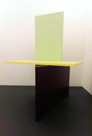 Gerwald Rockenschaub, 2010, MDF, Acryllack, Aufnahme von rechts, 220 × 180 × 170 cm, Courtesy Georg Kargl Fine Arts, Foto: Alexandra Matzner.