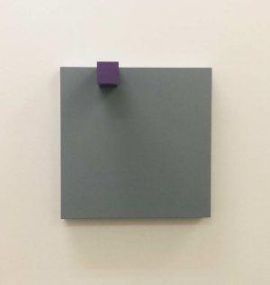 Gerwald Rockenschaub, 2009, MDF, Acryllack (frontal), 40 × 40 × 20 cm, Courtesy Georg Kargl Fine Arts, Foto: Alexandra Matzner.