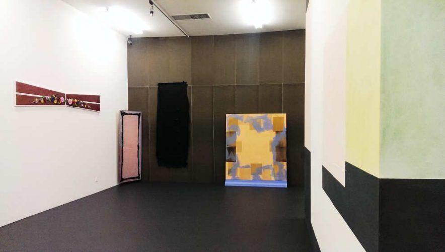 Luisa Kasalicky, Installation in der Kunsthalle Krems, Ausstellungsansicht: Alexandra Matzner.