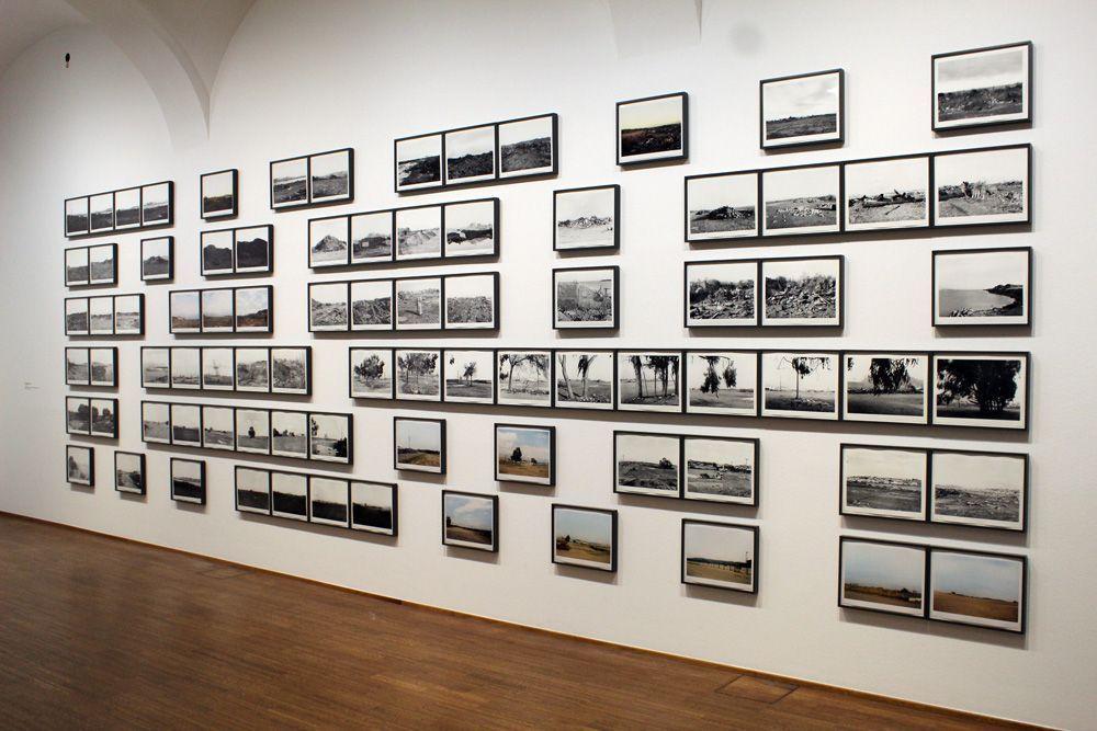 """Lewis Baltz, Candlestick Point, 1987-1989, Installationsansicht der Albertina """"Lewis Baltz"""" 2013, Foto: Alexandra Matzner."""