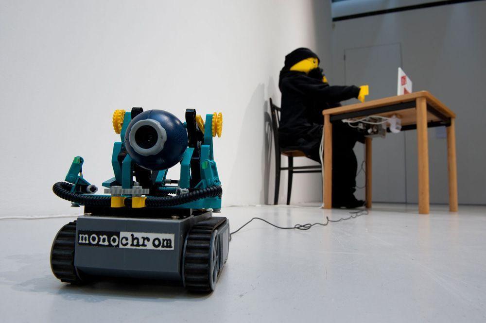 monochrom, Ablinger, der Schaas geht net …!, Installationsansicht im MUSA 2013, Foto: MUSA © MUSA und monochrom.
