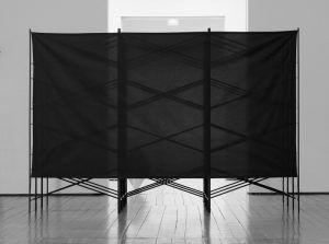 Nadim Vardag, untitled, 2009, Tischgestelle, Stoff, 675 x 360 x 312 cm installation view: Le Sang d'un poète, Frac des Pays de la Loire / Hangar à bananes 2009 © courtesy nadim vardag und georg kargl fine arts