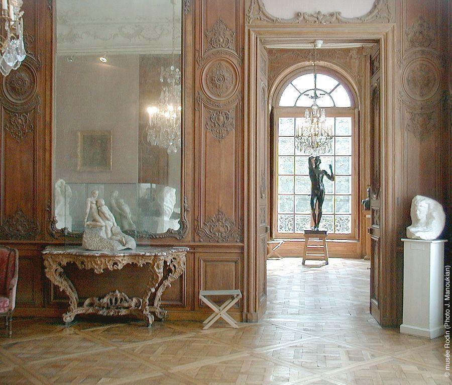 """Musée Rodin, Installationsansicht mit """"Das eherne Zeitalter"""" © Musée Rodin, Foto: Alexandra Matzner."""