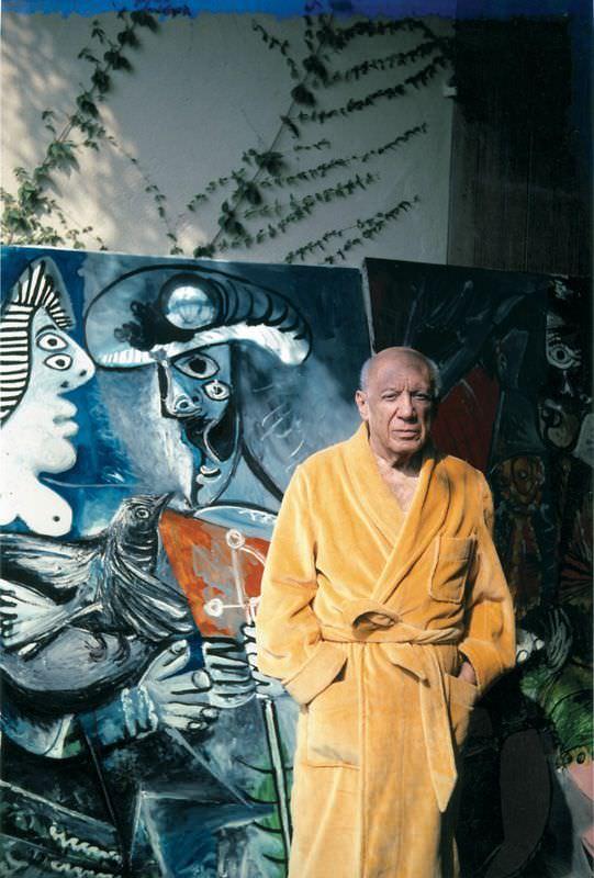 """Roberto Otero, Pablo Picasso vor dem Gemälde """"Paar"""", (1970), Notre-Dame-de-Vie, 25. Oktober 1970, 29,4 x 20,9 cm © Museo Picasso, Málaga, Foto: Roberto Otero."""