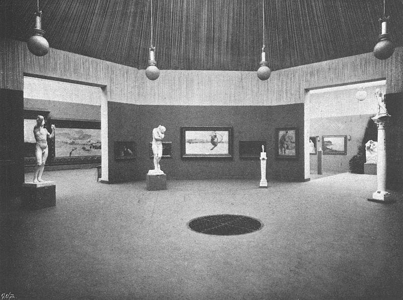 Anonym, IX. Secessionsausstellung, Mittelsaal, 1901, Aus: Ver Sacrum 6, S. 77, 1903, Archiv des Belvedere, Wien © Belvedere, Wien.