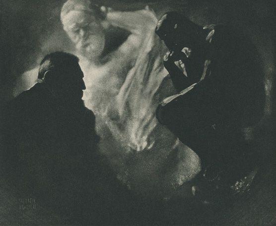 Edward Jean Steichen, Rodin - Der Denker, 1902, Fotogravur auf Japanpapier, 15,24 x 18,73 cm, Belvedere, Wien.