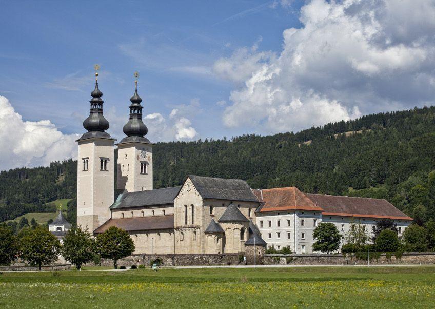 Dom zu Gurk, Ansicht von Südosten © BDA (P. Laubenstein).