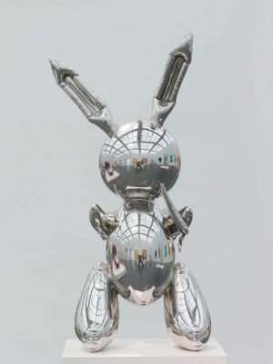 Jeff Koons, Rabbit, 1986, Edelstahl, 104.1 x 48.3 x 30.5 cm, Museum of Contemporary Art Chicago, Partial Gift of Stefan T. Edlis and H. Gael Neeson, 2000.21, © Museum of Contemporary Art Chicago, Foto: Nathan Keay.