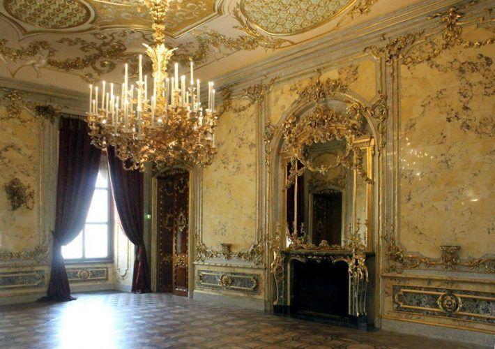 Einblick in das Speisezimmer, Stadtpalais des Fürsten von und zu Liechtenstein, Wien 1010, Foto: Alexandra Matzner .