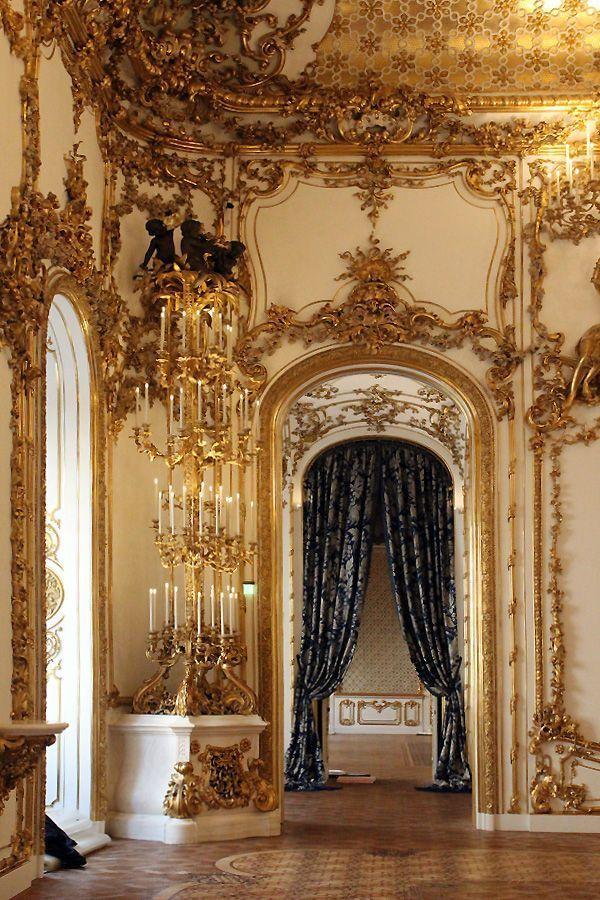 Blick vom Tanzsaal in den Ost-Korridor, Stadtpalais des Fürsten von und zu Liechtenstein, Wien 1010, Foto: Alexandra Matzner.