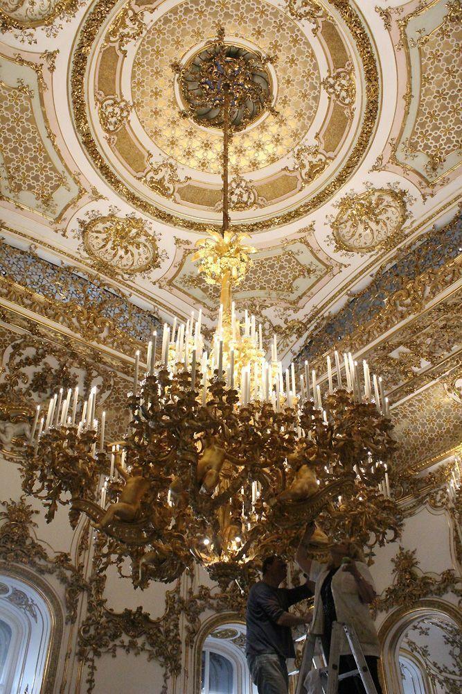 Luster im Tanzsaal, Stadtpalais des Fürsten von und zu Liechtenstein, Wien 1010, Foto: Alexandra Matzner.