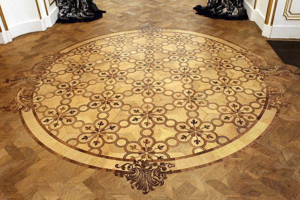 Thonet-Fußboden im Korridor vor dem Tanzsaal, Stadtpalais des Fürsten von und zu Liechtenstein, Wien 1010, Foto: Alexandra Matzner