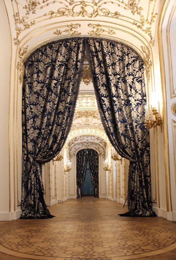 Verbindungsgang, Stadtpalais des Fürsten von und zu Liechtenstein, Wien 1010, Foto: Alexandra Matzner.