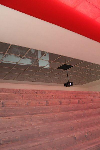 Ulla von Brandenburg, Innen ist nicht Außen, Decke, Installationsansicht Wiener Secession 2013, Foto: Alexandra Matzner.