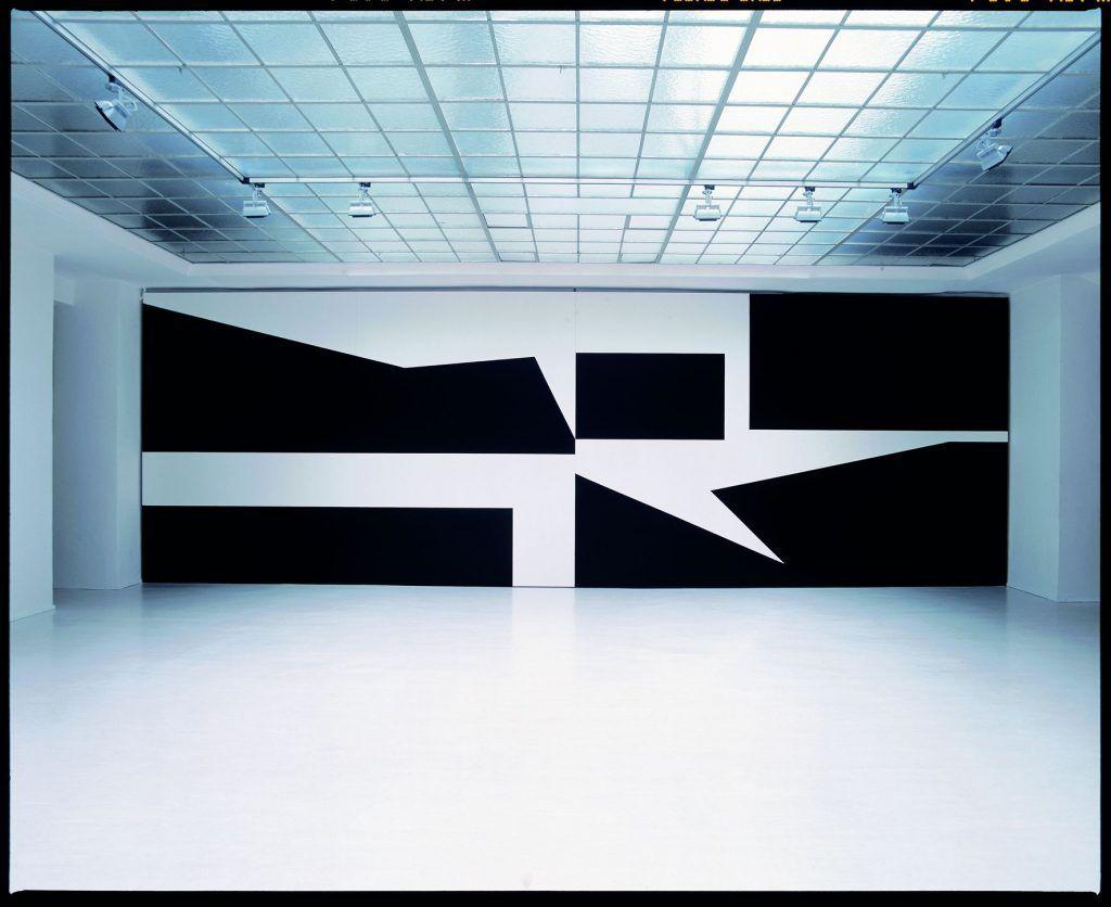 Gerwald Rockenschaub, no red tape, Ausstellungsansicht Georg Kargl Fine Arts, 2002, Courtesy Georg Kargl Fine Arts, Wien, Foto: Jens Preusse.