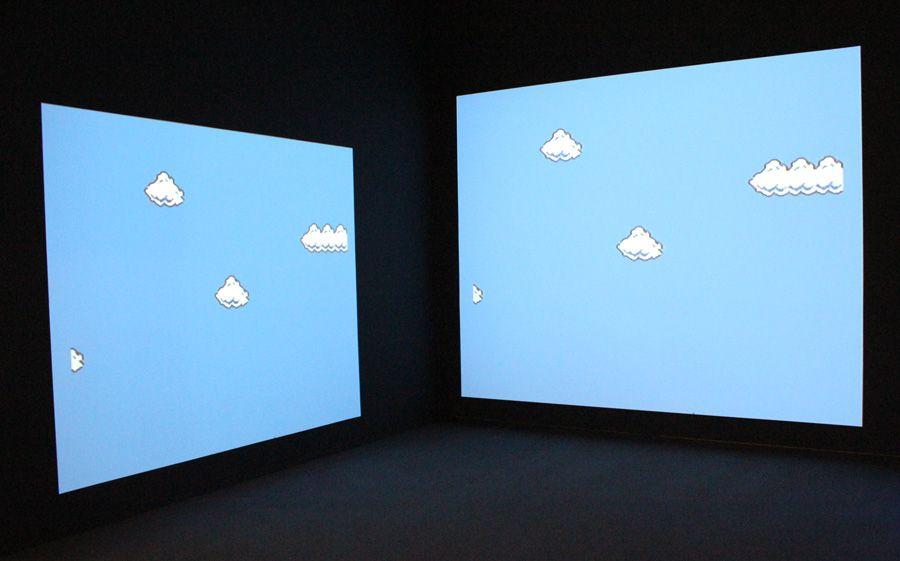 """Cory Arcangel, Super Mario Clouds v2k3, 2003 (Privatsammlung Salzburg, Courtesy Galerie Thaddeus Ropac, Paris + Salzburg), Installationsansicht """"Wolken"""" im Leopold Museum, Foto: Alexandra Matzner."""