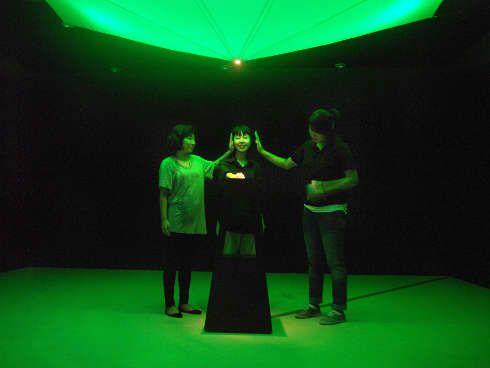 Scenocosme (Grégory Lasserre & Anaïs met den Ancxt), Lights Contacts, 2010, Ausstellung im Rahmen des INDAF (Incheon International Digital Art Festival), Songdo, Südkorea © Scenocosme