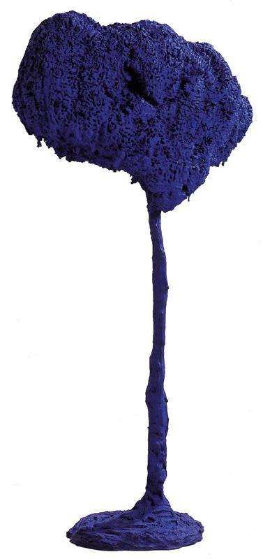 Yves Klein, SE 71, Große blaue Schwammskulptur, 1962, Collection Centre Pompidou, Musée national d'art moderne, Photo : Philippe Migeat, Centre Pompidou © VBK, Wien 2007